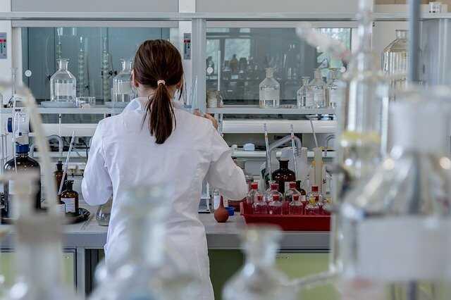 Nghiên cứu mỹ phẩm và phát triển công thức độc quyền