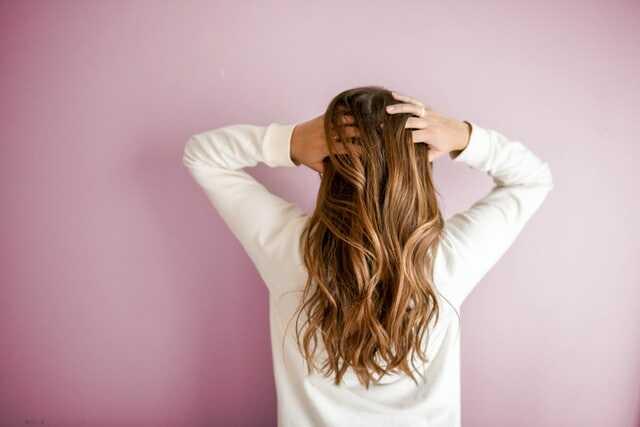 10 Cách chăm sóc tóc khoẻ mạnh