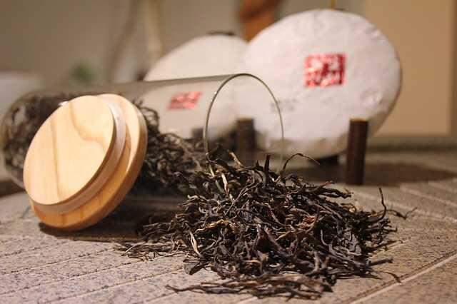Trà đen giúp ngăn ngừa rụng tóc