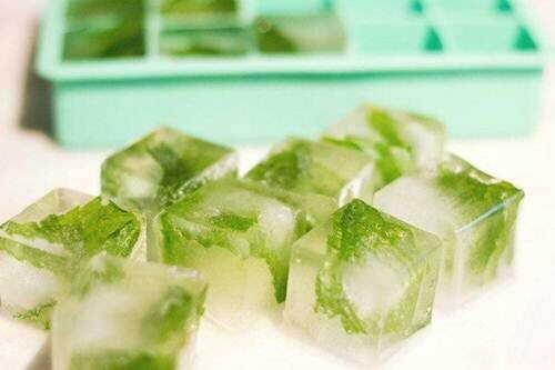 Công thức làm đẹp bằng đá sử dụng nước trà xanh