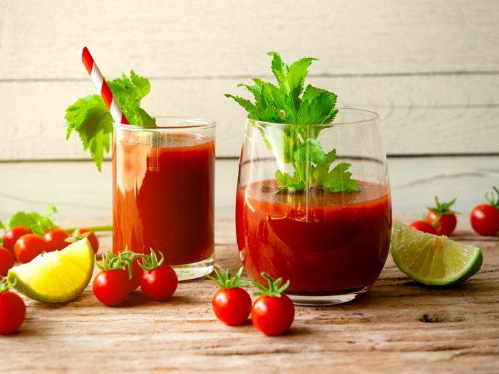 Nước ép cà chua giảm quầng thâm mắt tại nhà hiệu quả